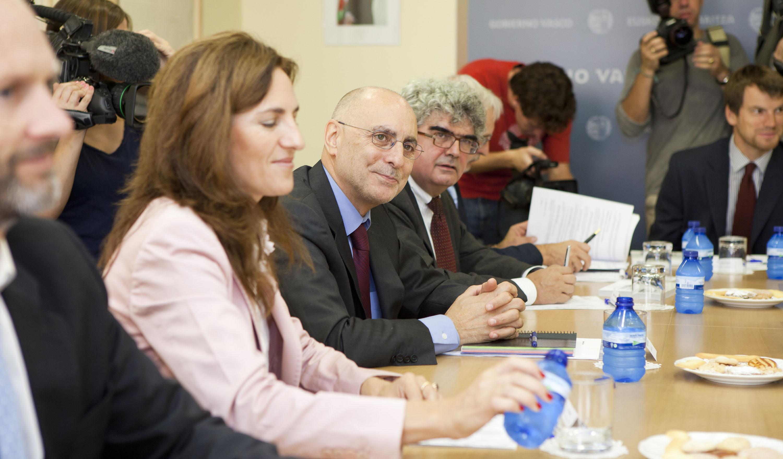 2011_09_23_ares_embajadores_en_madrid10.jpg