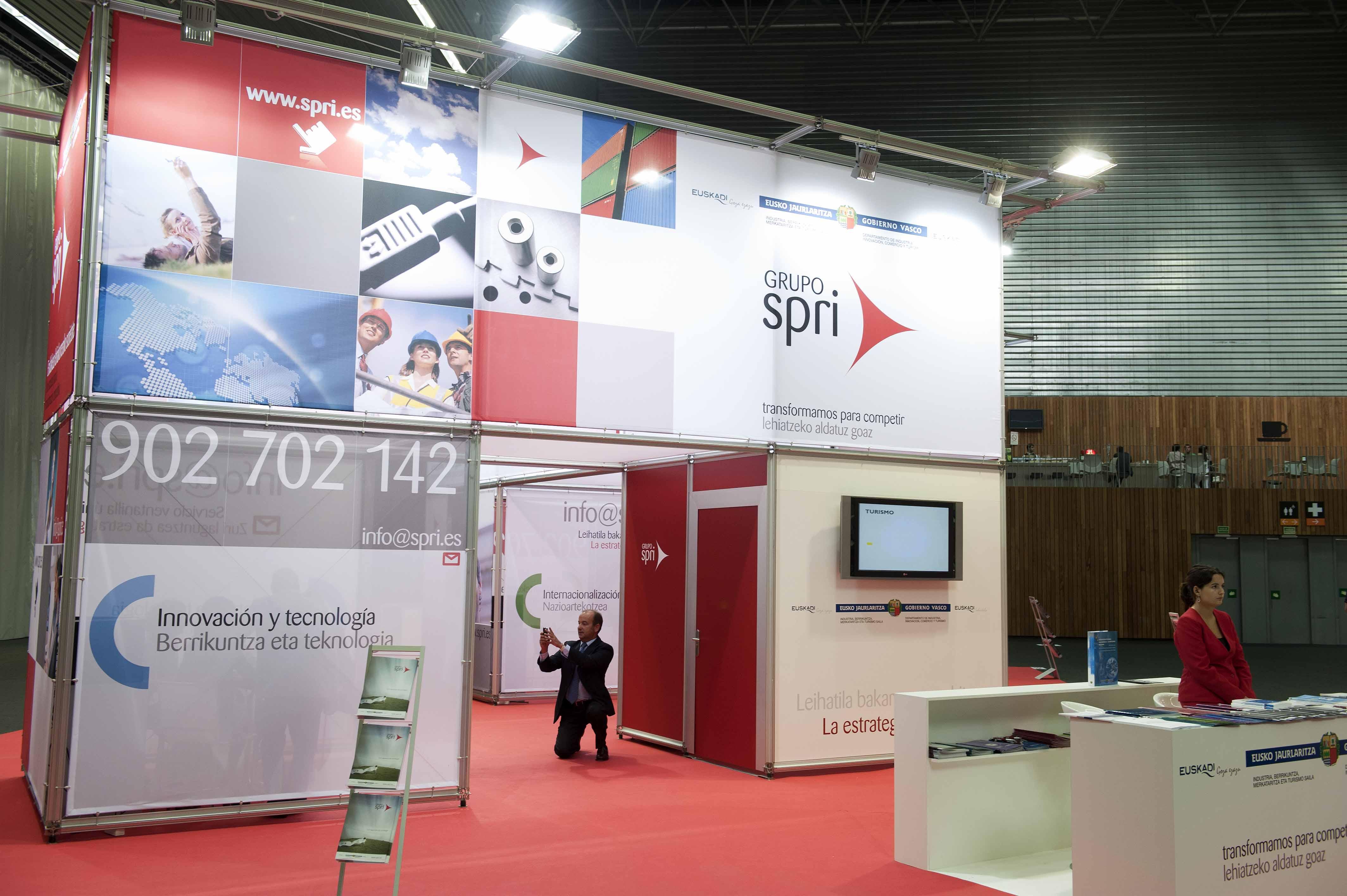 2011_09_27_industria_cumbre_industrial_spri.jpg