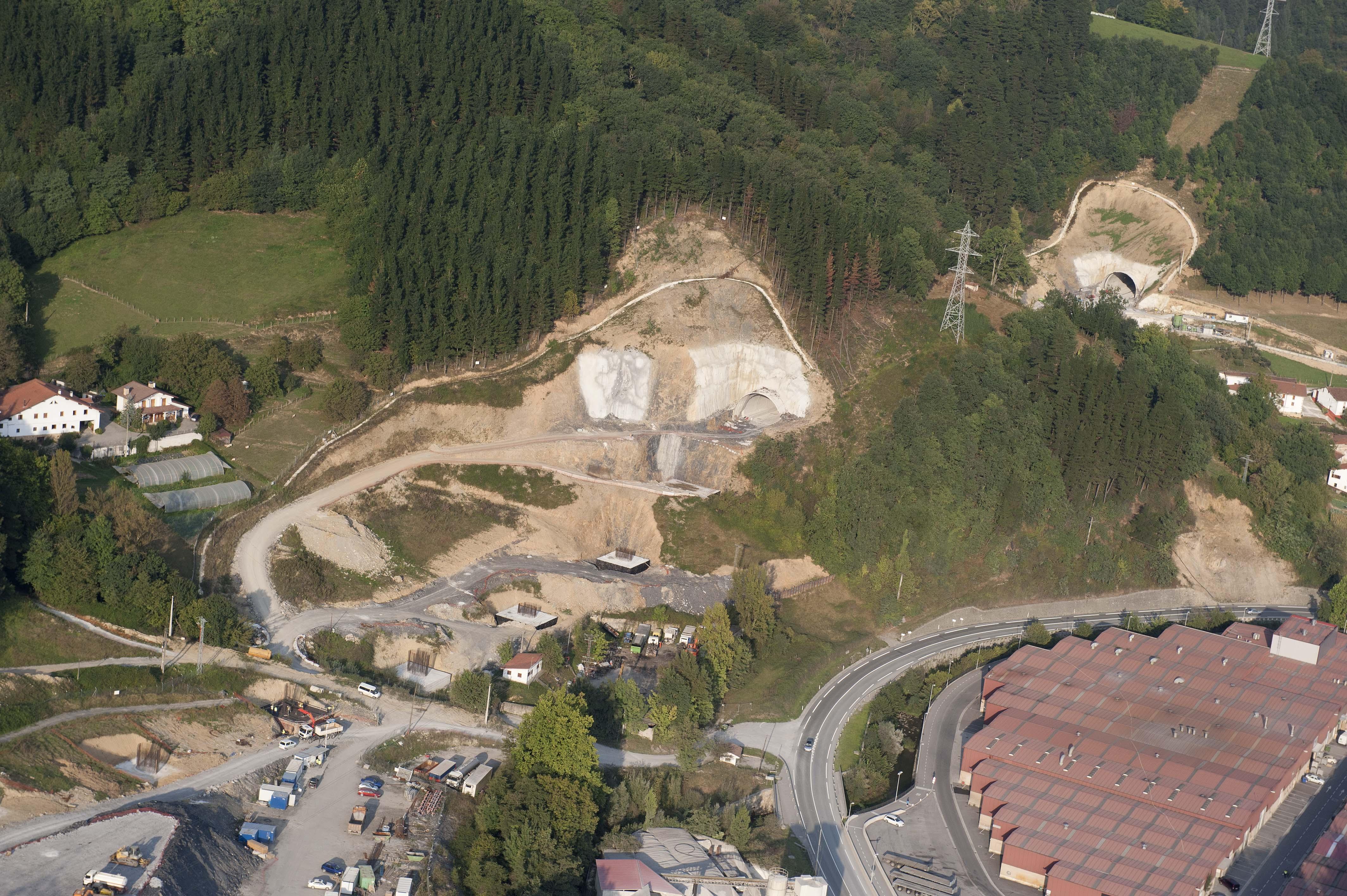 2011_09_28_tav_aquitania_arriola_vista_obra12.jpg