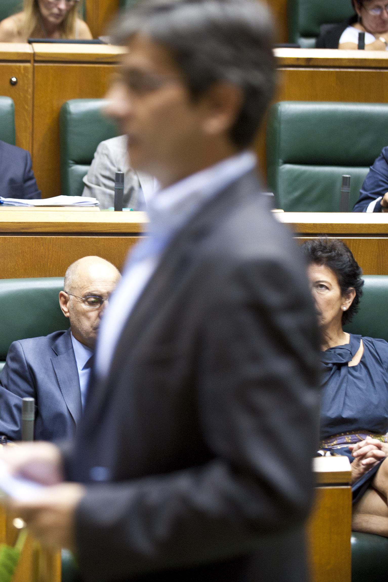 2011_09_29_lehen_parlamento_239.jpg