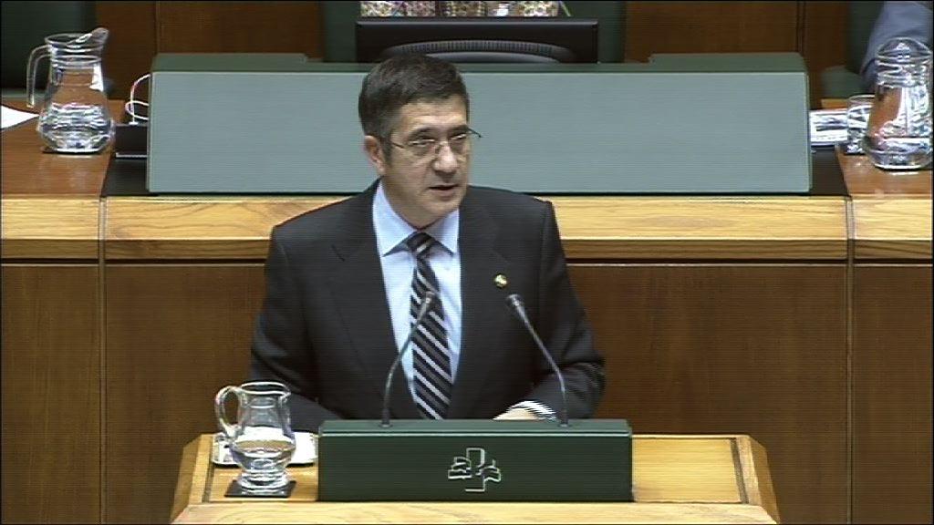 "El Lehendakari plantea las bases de un nuevo tiempo en Euskadi ""sin olvidar el pasado"" [3:16]"