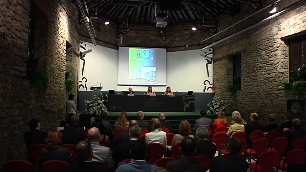 Idoia Mendiak parte hartu du Euskadiko Aholku Batzorde Juridikoak antolatzen dituen Aholkularitza Lanari buruzko XIII. Jardunaldietan [1:14]