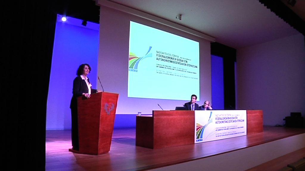 Expertos internacionales analizan en Bilbao los sistemas federalistas [0:43]