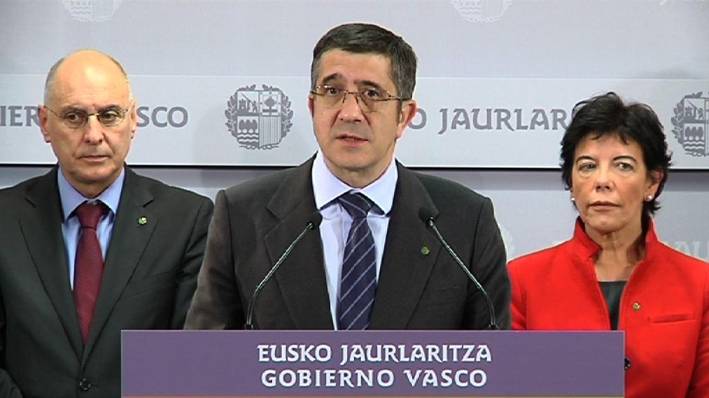 """El Lehendakari pide a la sociedad vasca """"unidad, valentía y voluntad"""" [8:46]"""