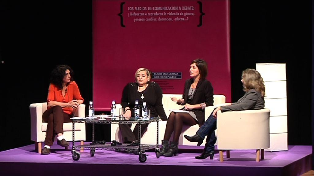 Jornadas sobre Violencia de Género & Medios de Comunicación. Mesa redonda III: Panel de la publicidad y tratamiento 2.0 de la violencia de género [92:11]