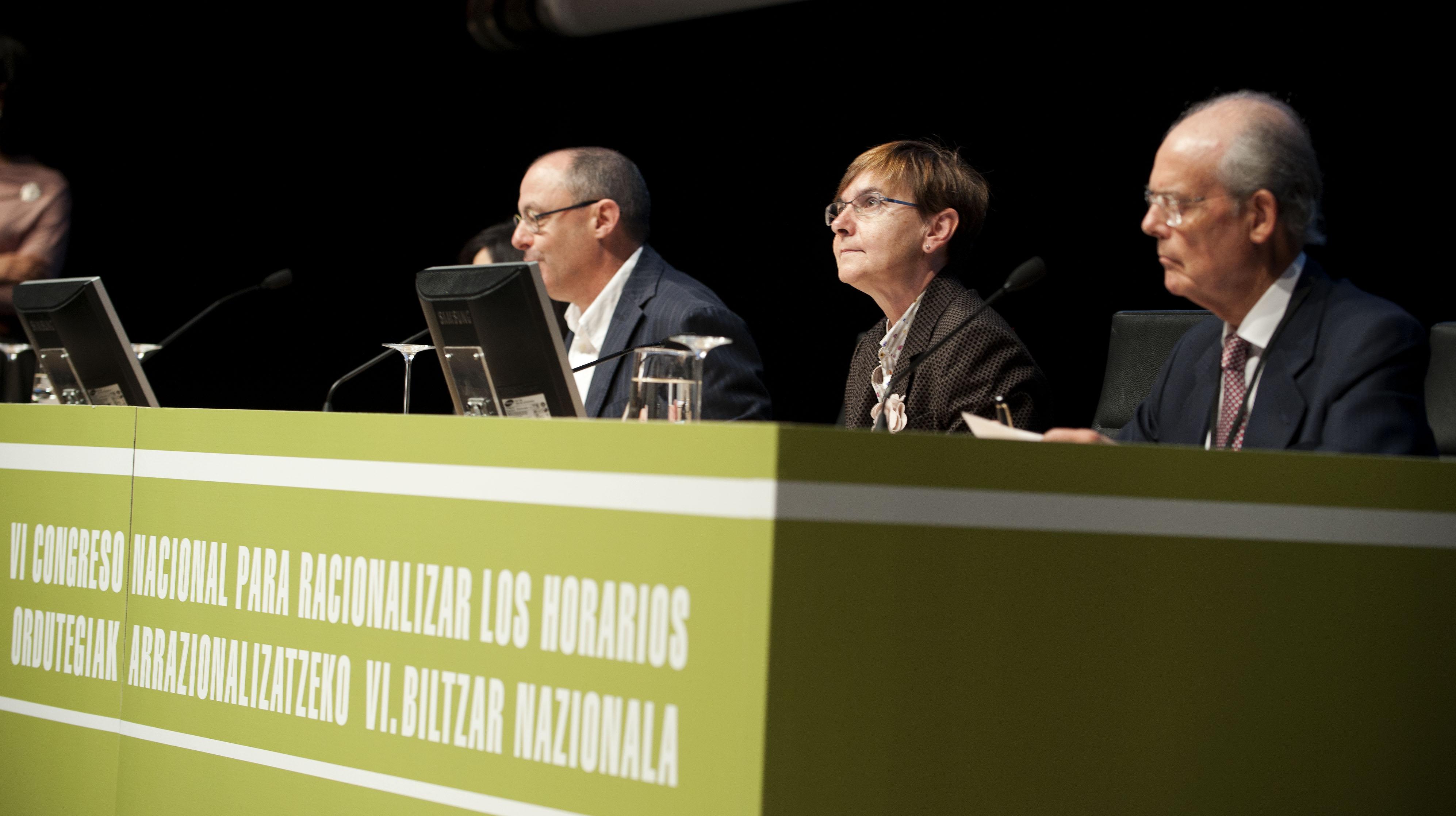 2011_11_15_zabaleta_congreso_racionalizar_horarios10.jpg