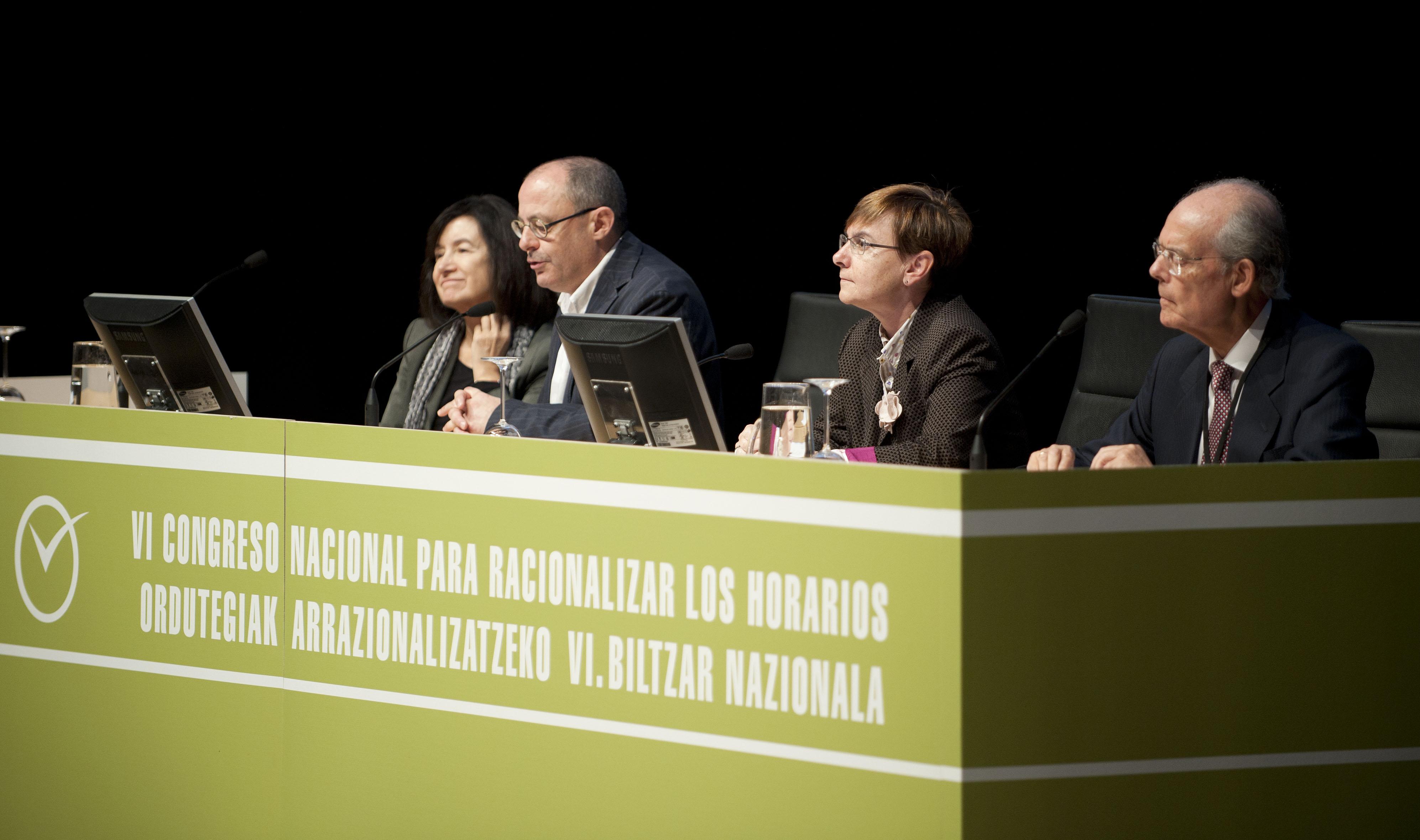 2011_11_15_zabaleta_congreso_racionalizar_horarios11.jpg