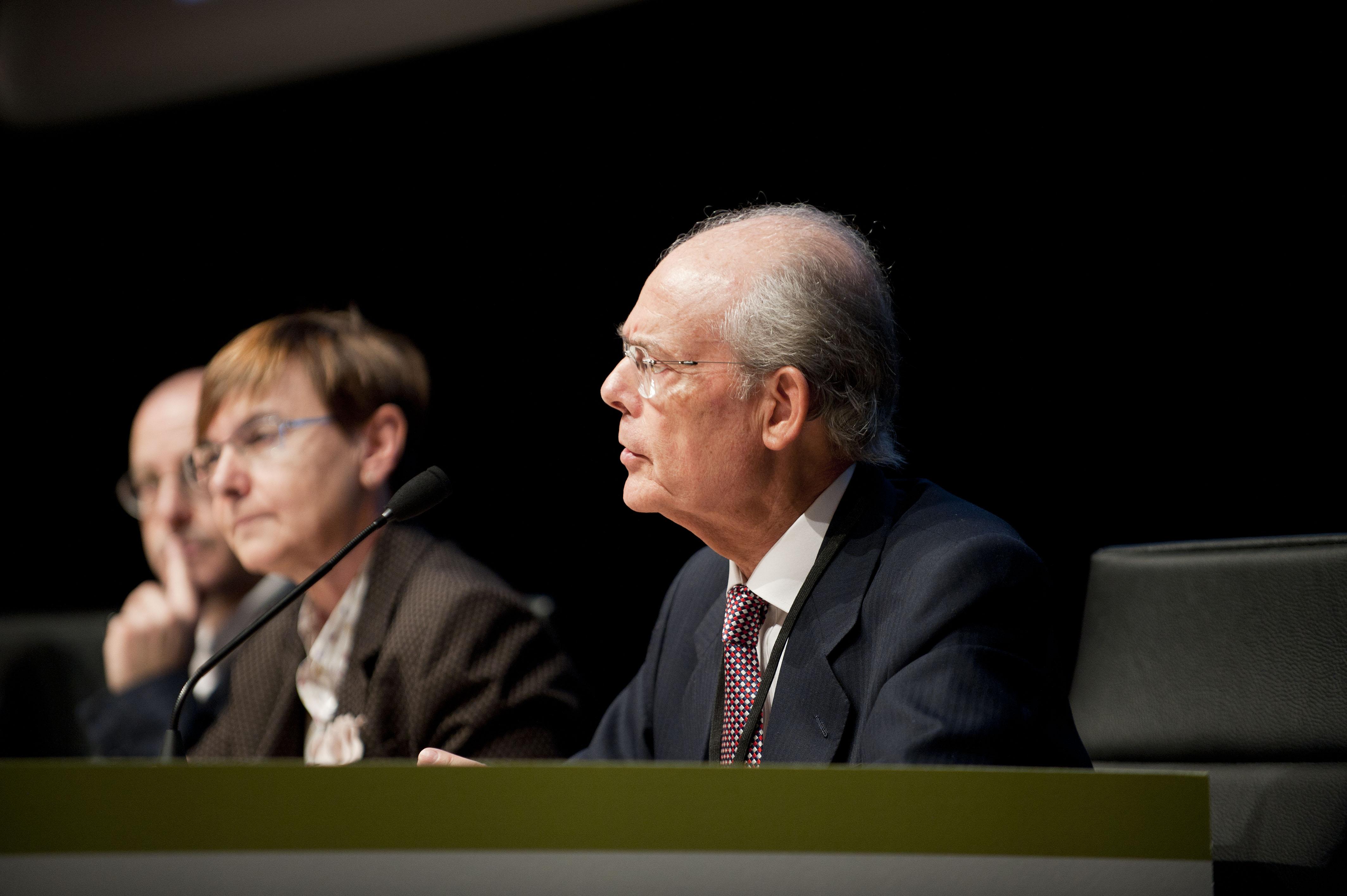 2011_11_15_zabaleta_congreso_racionalizar_horarios12.jpg