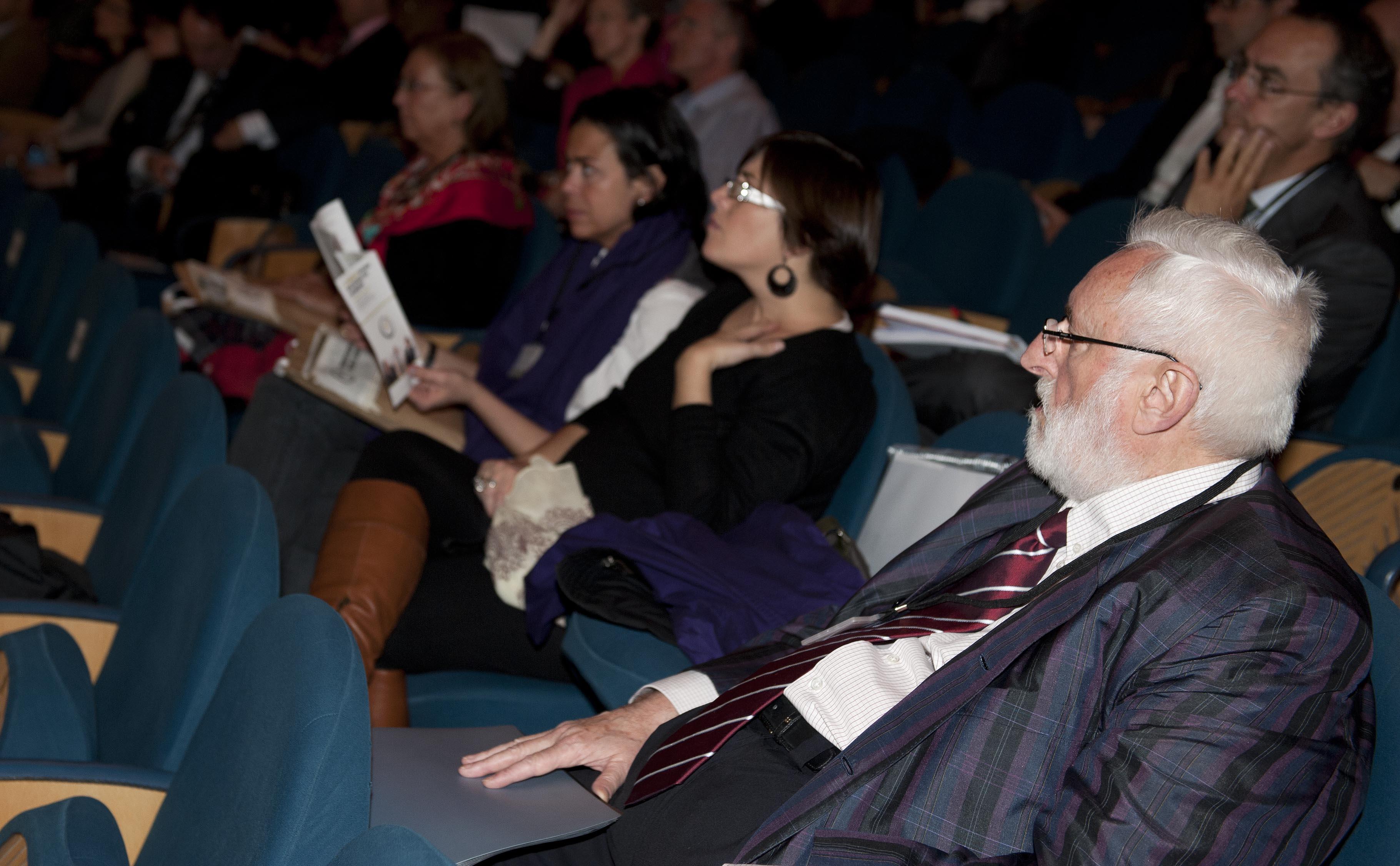 2011_11_15_zabaleta_congreso_racionalizar_horarios9.jpg