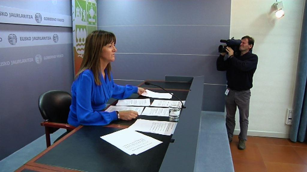 Idoia Mendia: «Errioxak Euskadirekin zituen zubiak dinamitatu ditu»  [0:57]