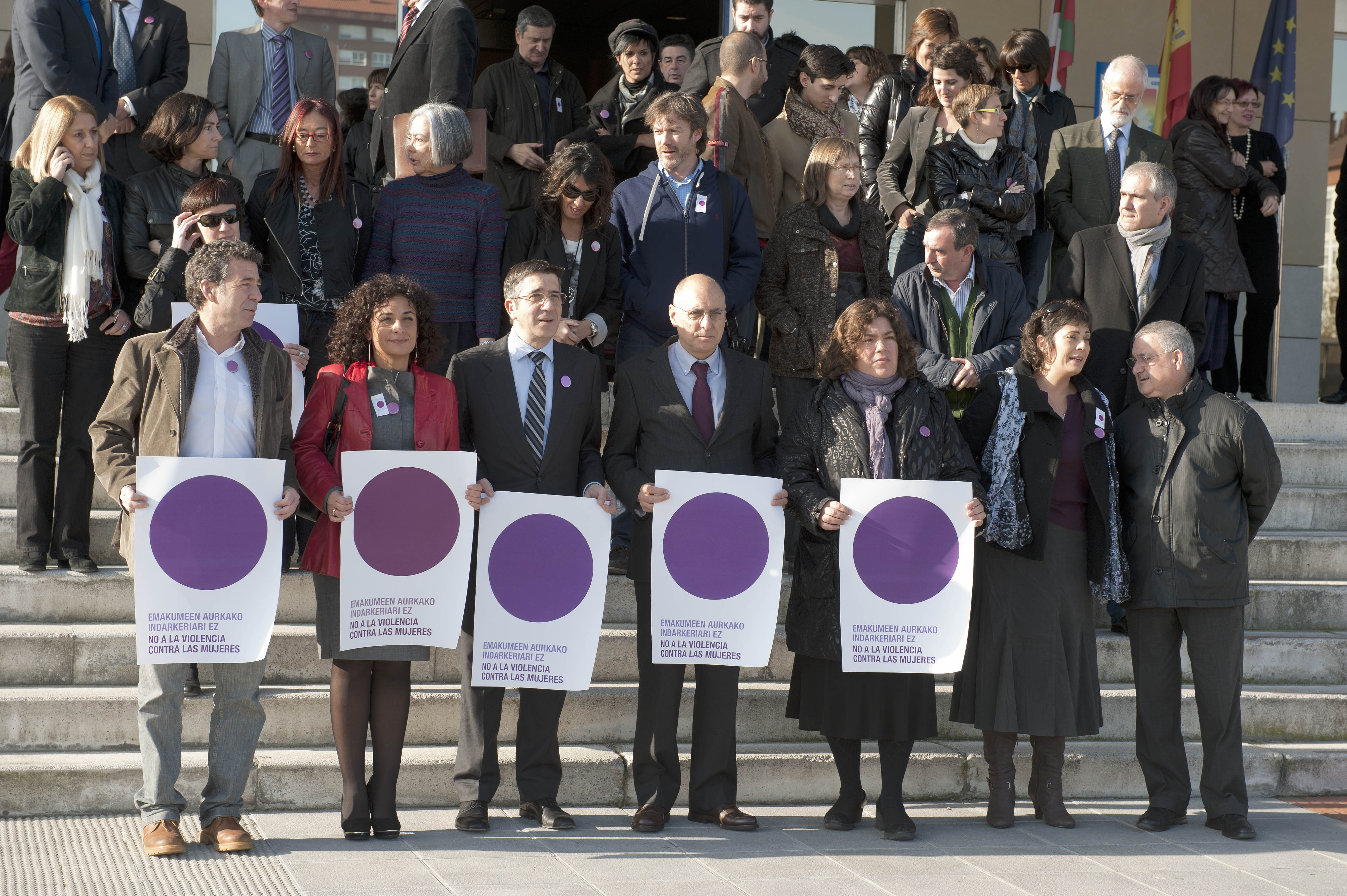 2011_11_25_lhk_concentracion_violencia_mujeres.jpg