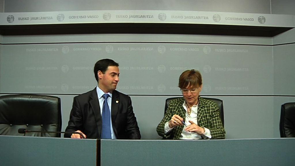 Empleo y Asuntos Sociales y la Diputación de Bizkaia destinarán 9,5 millones de euros a la lucha contra el paro [43:28]