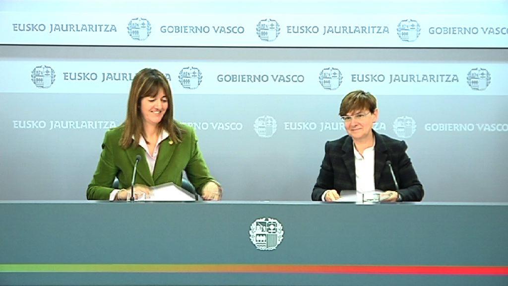 Rueda de prensa tras el Consejo de Gobierno 10.01.2012 [40:43]