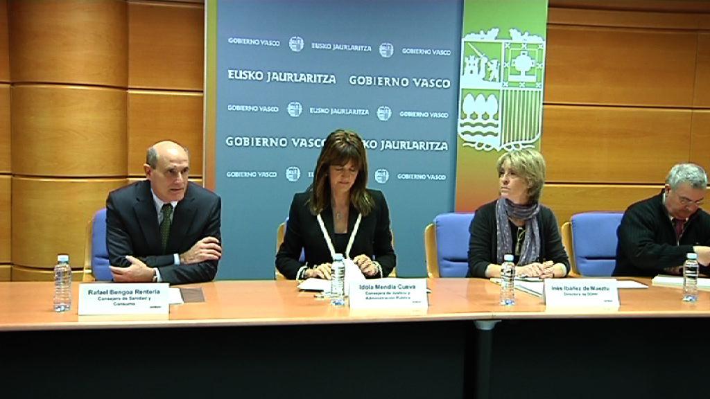 La Comisión Interdepartamental del Gobierno Vasco sobre bebés robados comienza a trabajar [1:03]