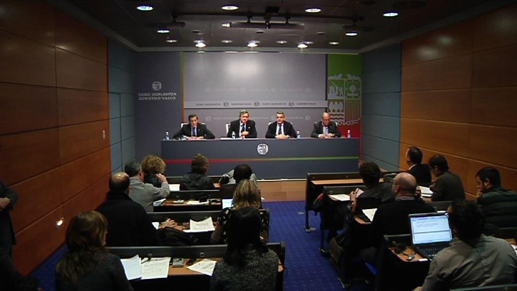 Las haciendas vascas recaudan 1.000 millones de euros menos de lo previsto