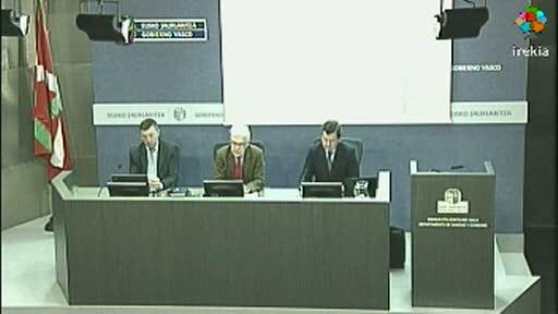 Presentación cierre ejercicio económico 2011 del Departamento de Sanidad y Consumo, y Osakidetza. Comparativa con otras comunidades autónomas [43:54]