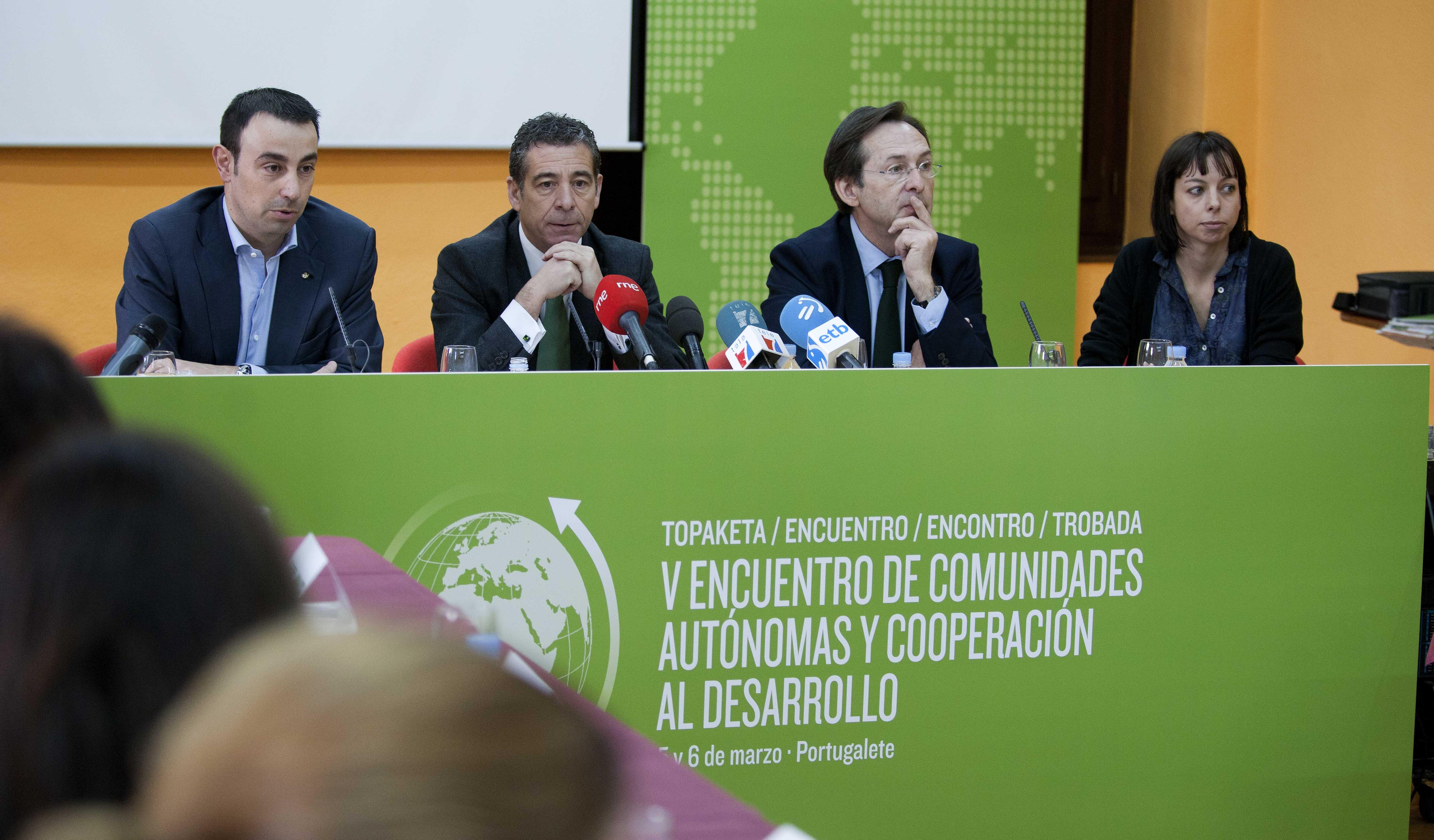 2012_03_05_encuentro_cooperacion_desarrollo_07.jpg