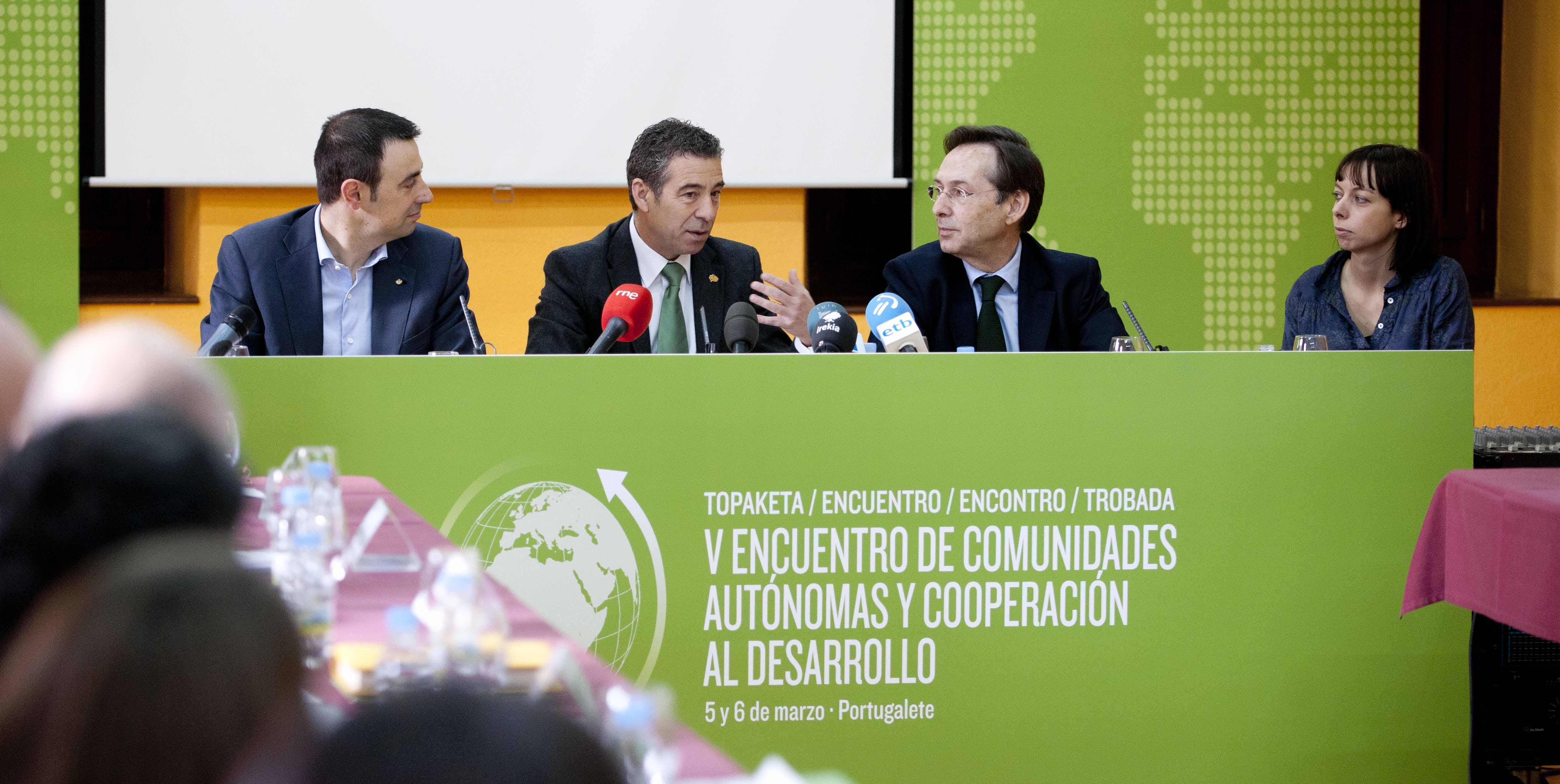 2012_03_05_encuentro_cooperacion_desarrollo_14.jpg
