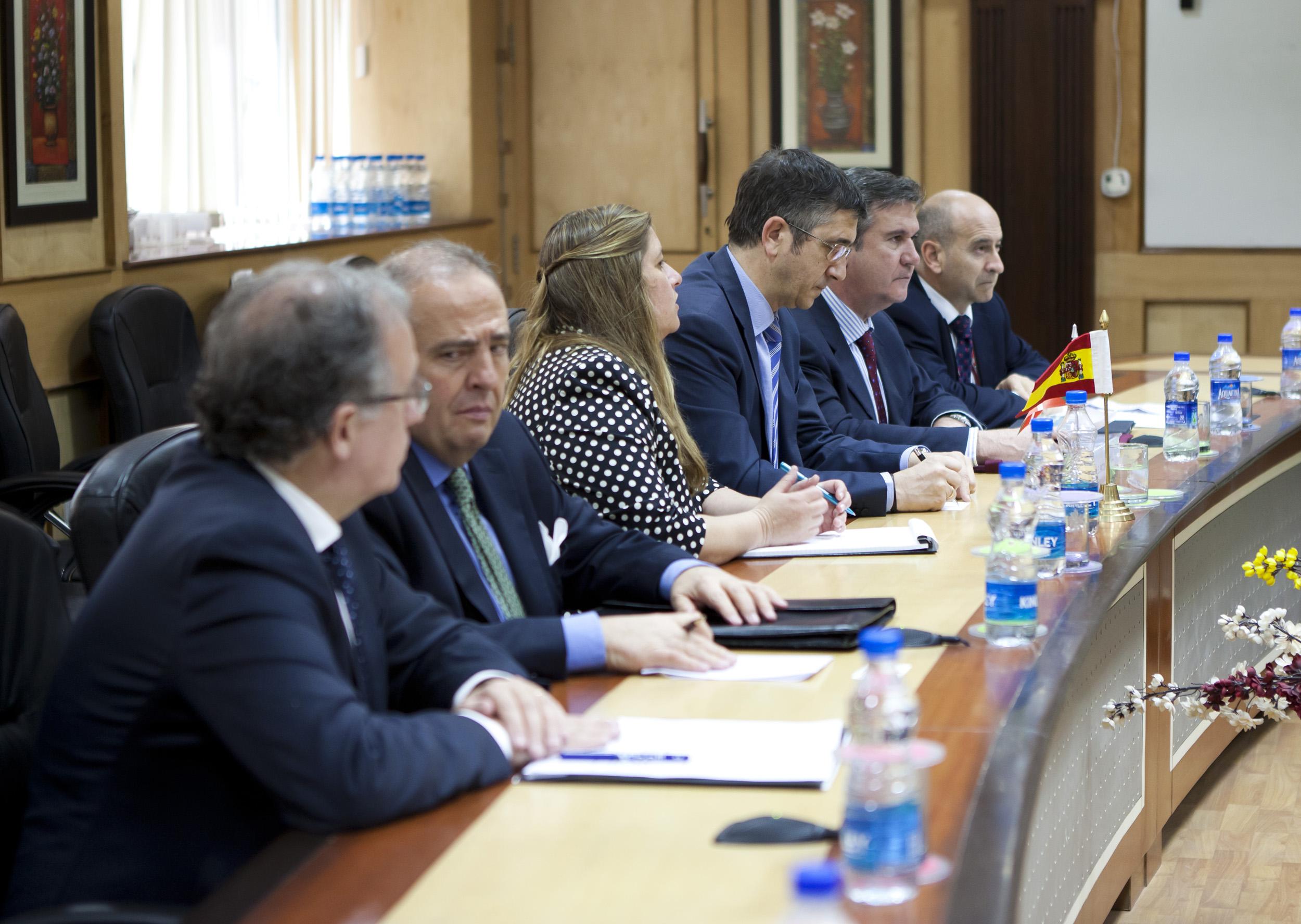 2012_03_21_lehendakari_ministro5_ciencia.jpg