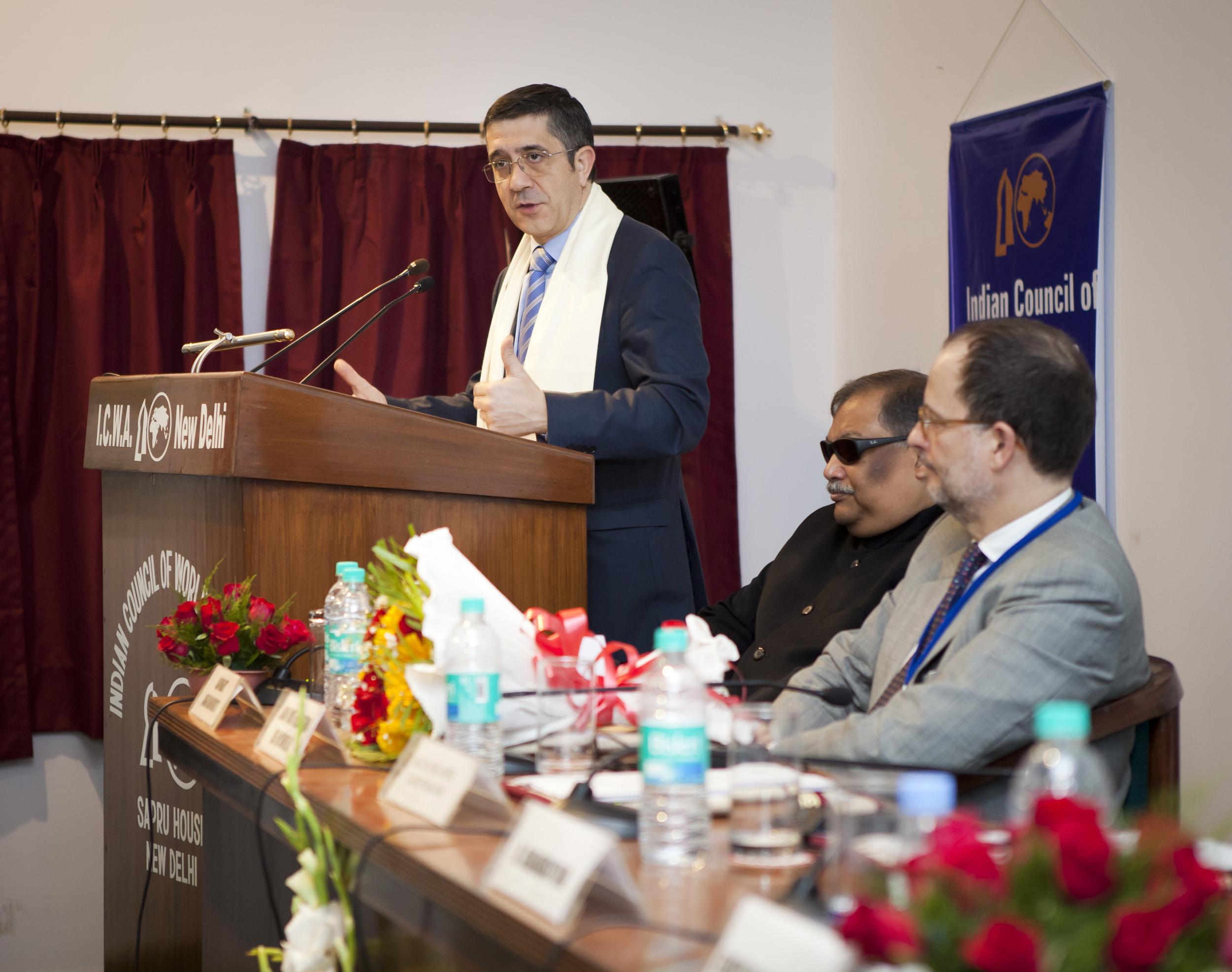 2012_03_21_tribuna_india_espana14.jpg