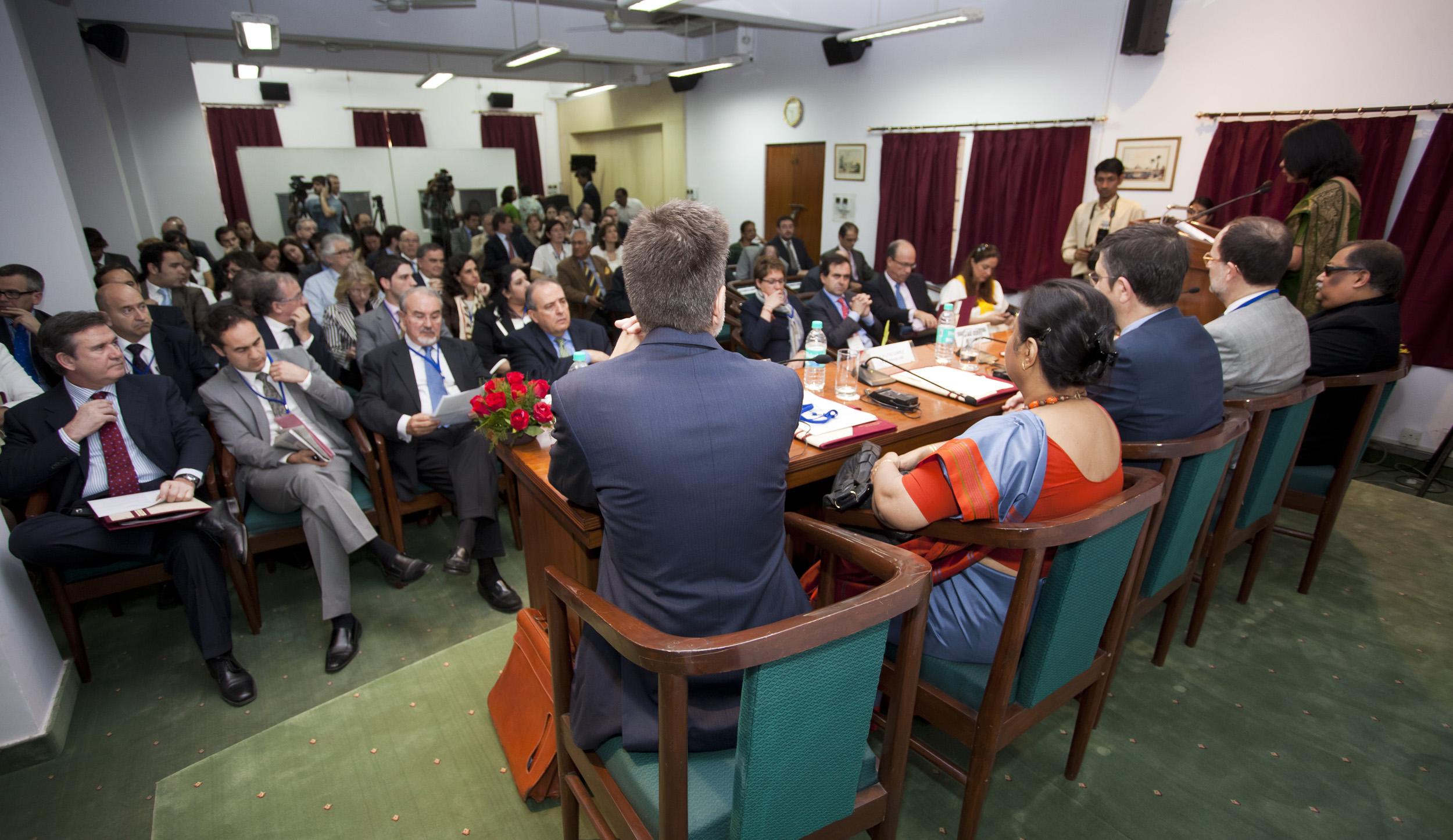 2012_03_21_tribuna_india_espana2.jpg
