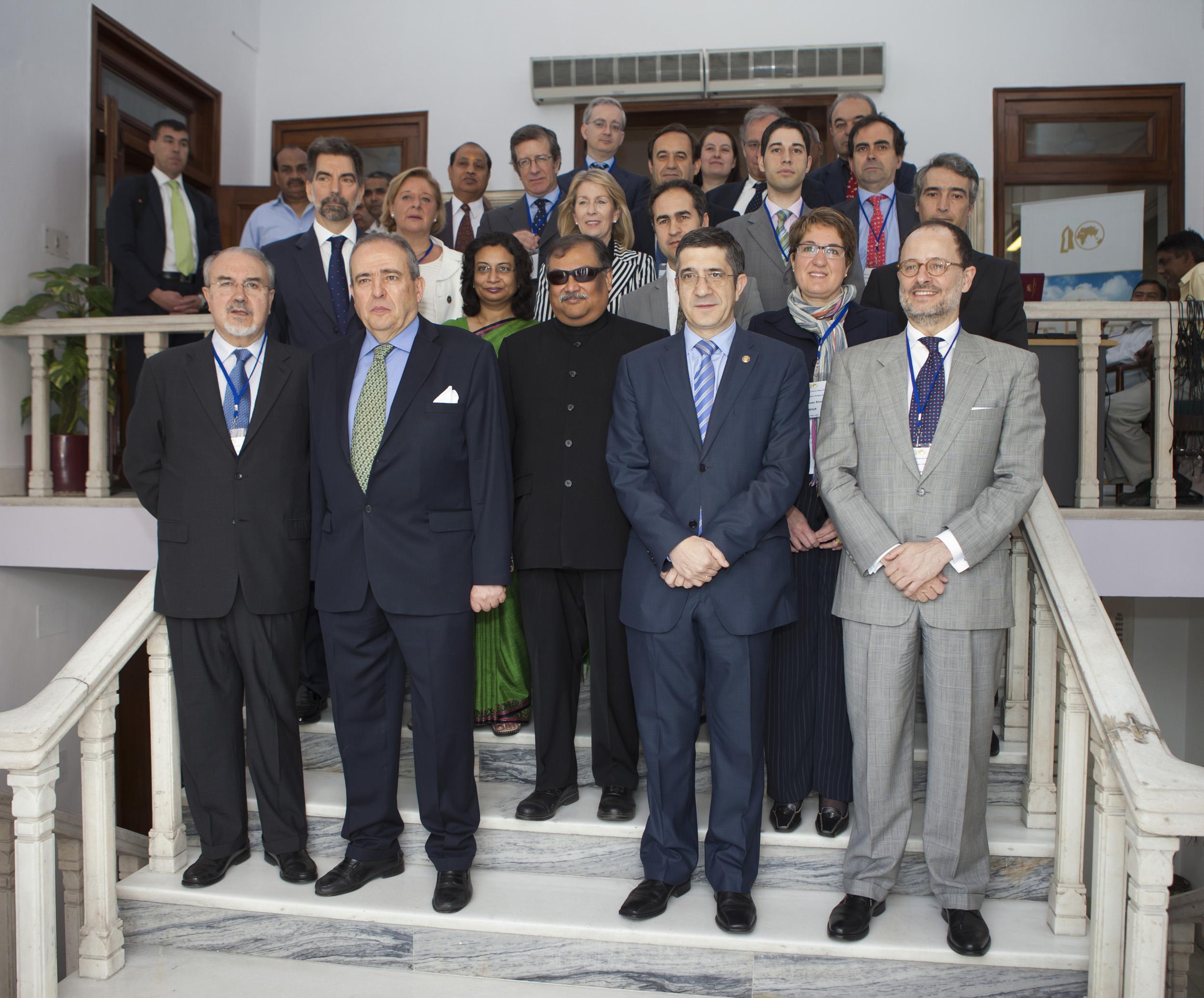 2012_03_21_tribuna_india_espana8.jpg