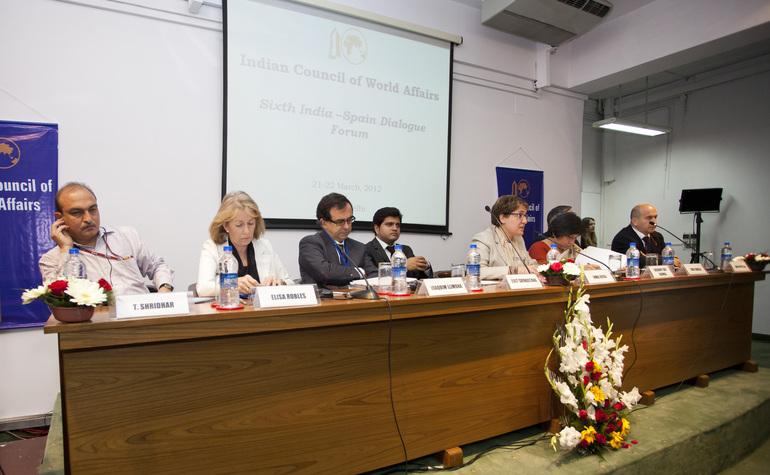 """24 empresas indias """"con gran capacidad de compra"""" visitarán la Bienal de Maquina-Herramienta de Euskadi"""