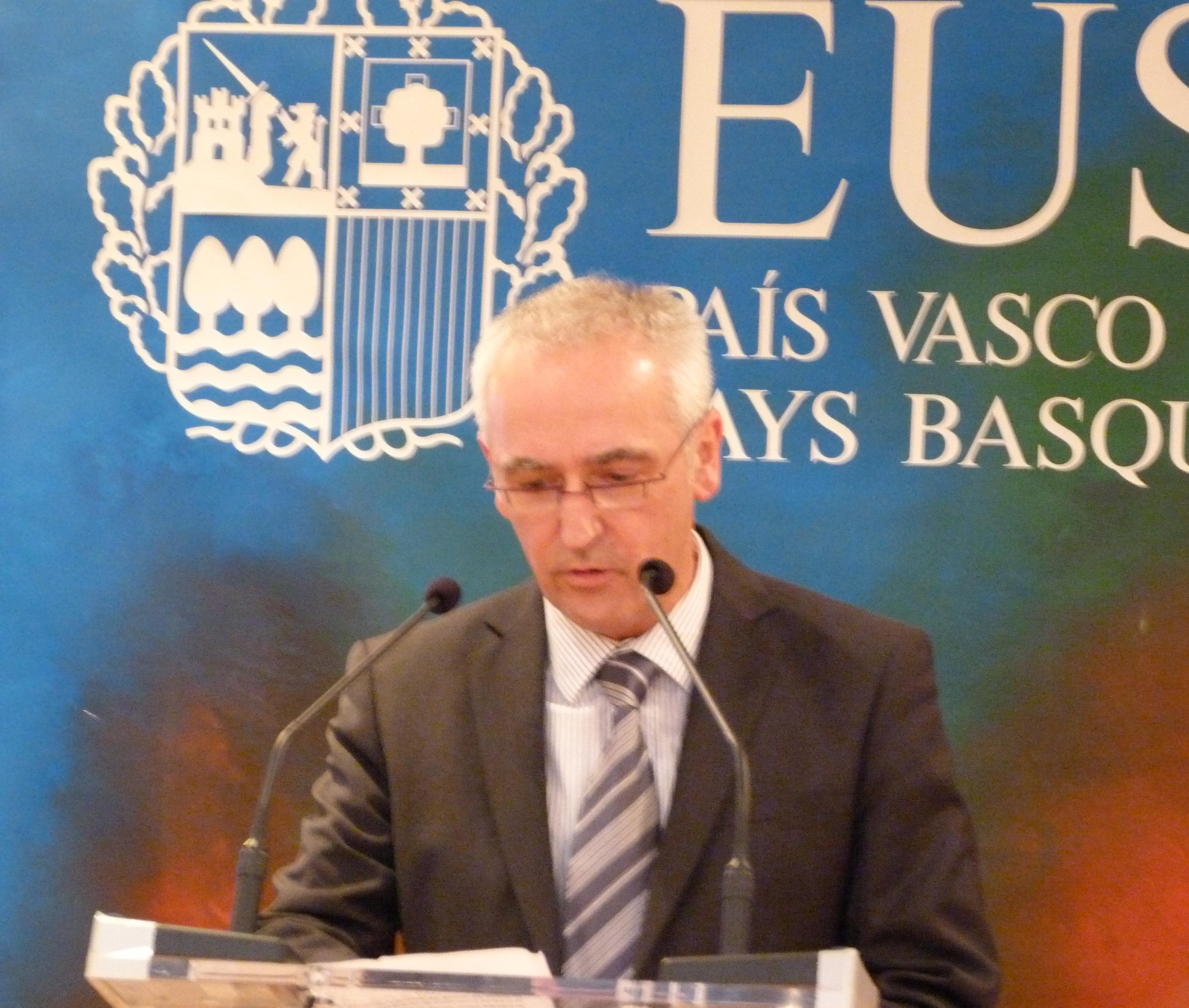 Acto_Delegacion_75_aniversario_bombardeo_de_Gernika_013.jpg