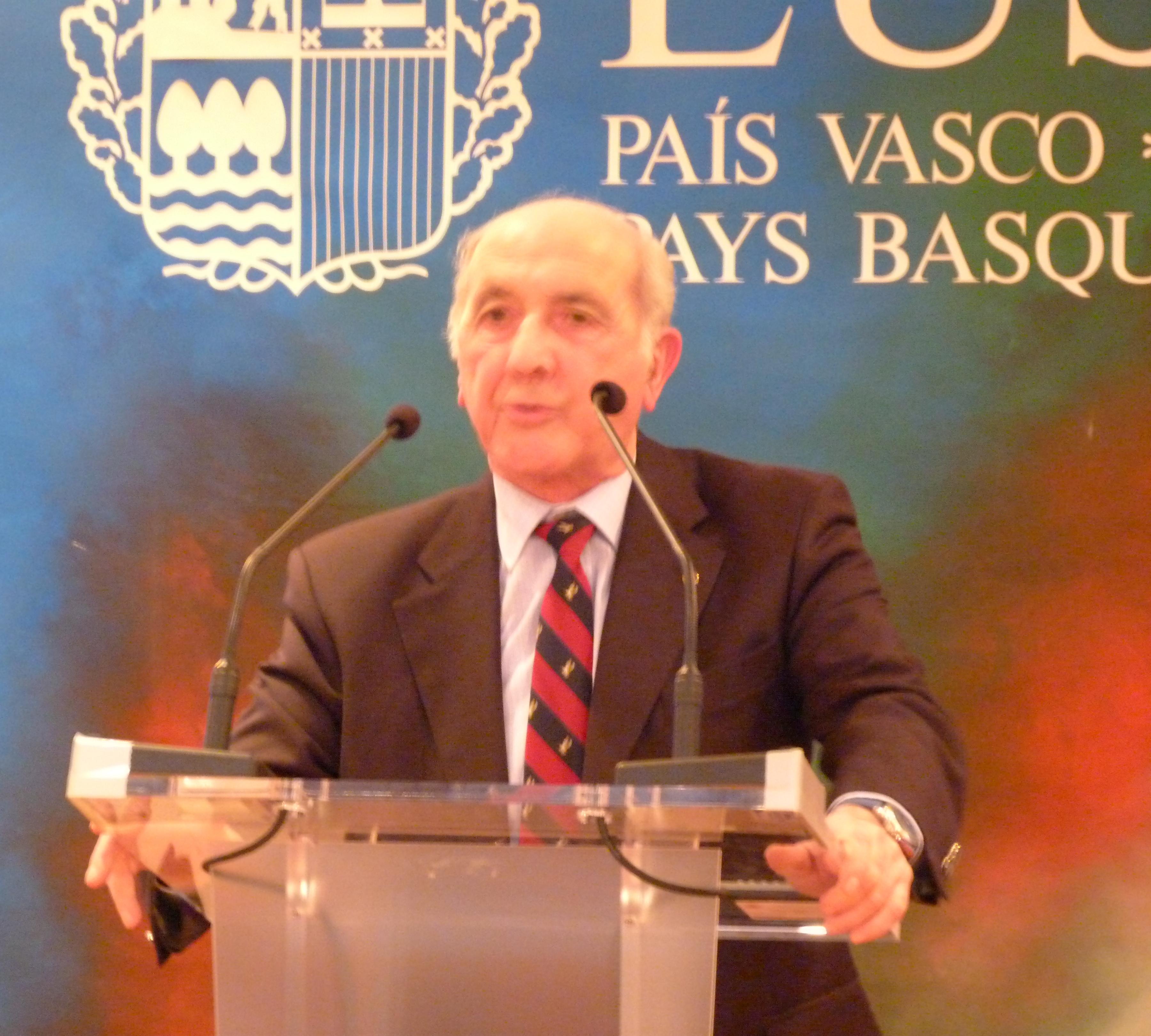 Acto_Delegacion_75_aniversario_bombardeo_de_Gernika_021.jpg