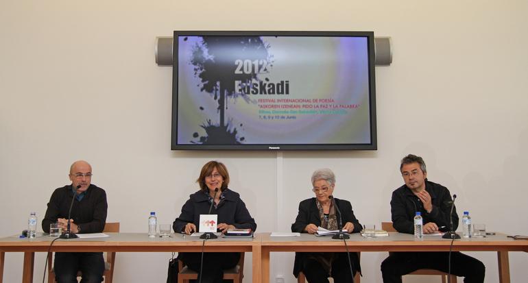 2012 Euskadi presenta el Festival Internacional de Poesía 'Askoren Izenean: Pido la Paz y la Palabra'