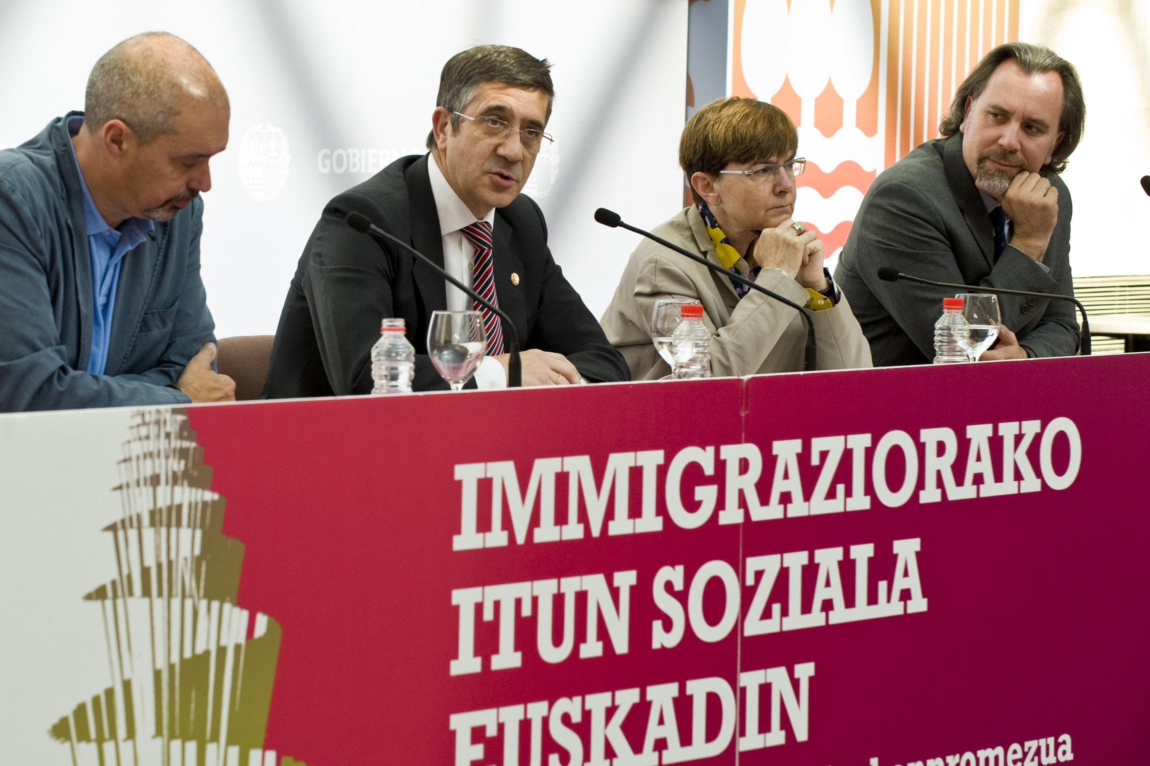 2012_05_09_lehen_inmigracion_037.jpg