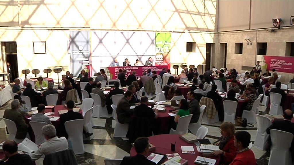 Jornada de debate sobre el Pacto Social por la Inmigración en Euskadi  [30:10]