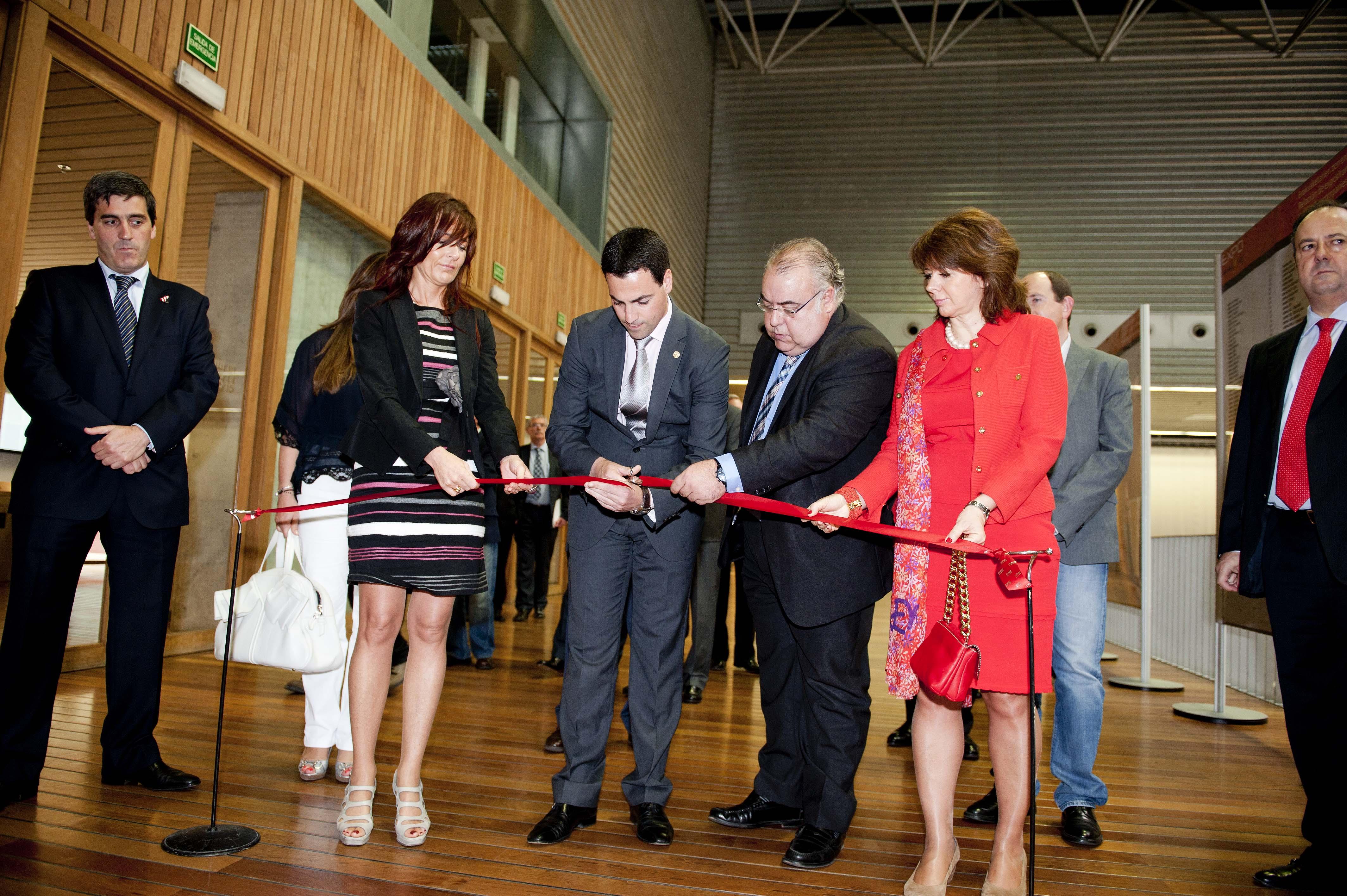 2012_05_10_zorrilla_inauguracion_expovacaciones_10.jpg