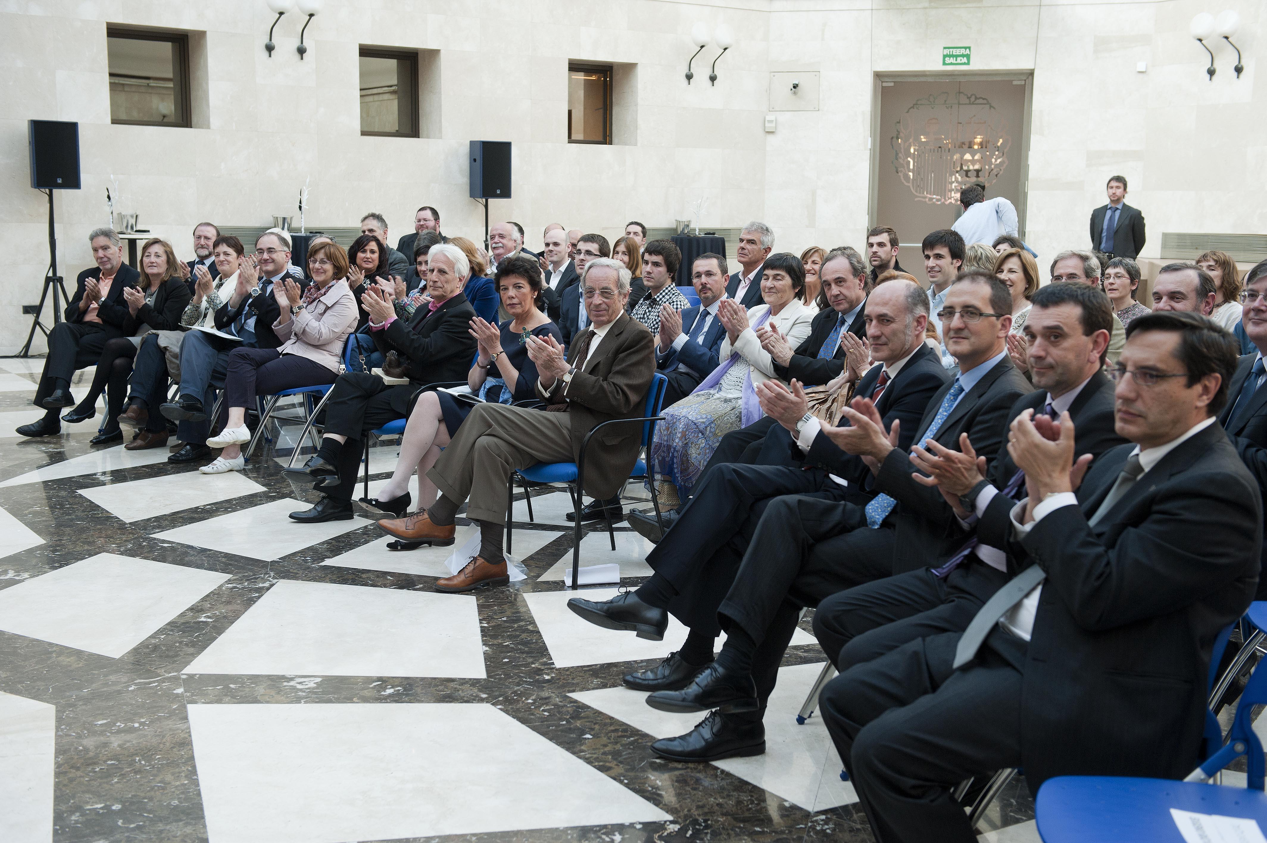 2012_05_16_cela_premio_investigacion_13.jpg