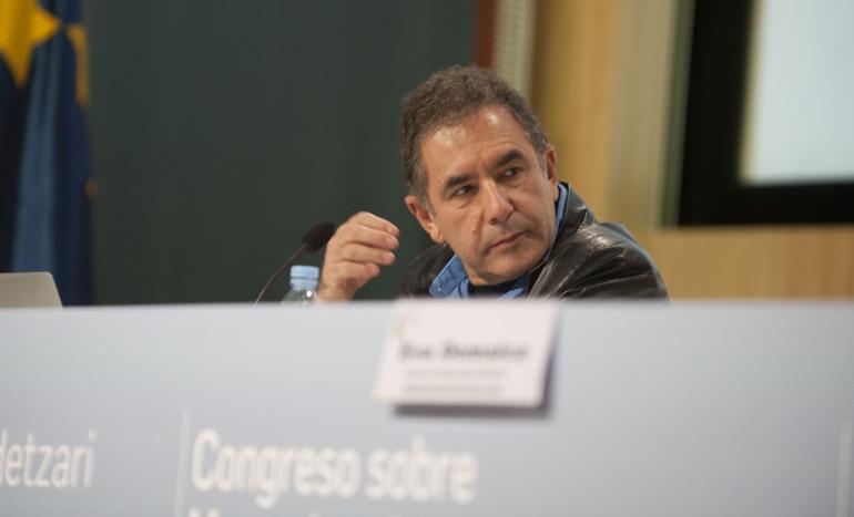 """Ares insta al ministro de Interior a """"seguir impulsando"""", el plan sobre política penitenciaria pese a las """"presiones"""""""