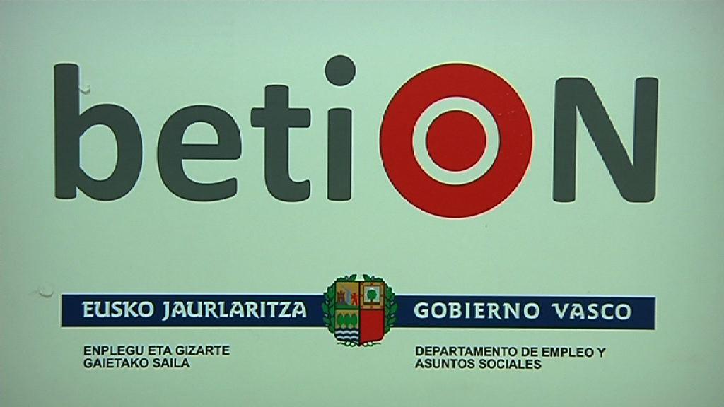 BetiON, el servicio de Teleasistenica de Euskadi, modelo de integración de servicios sociales y sanitarios [1:46]