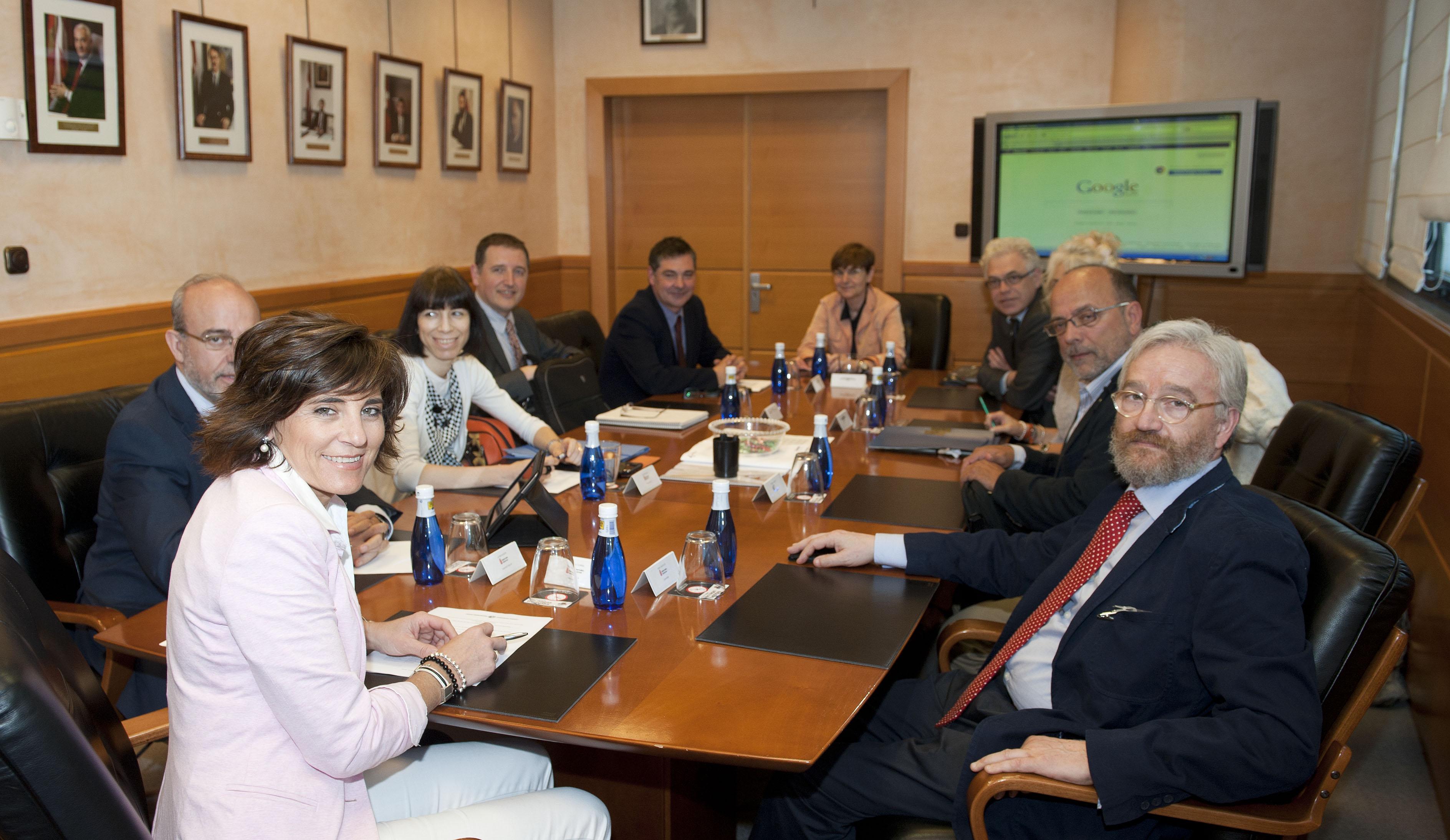 2012_05_25_zabaleta_consejera_navarra_05.jpg