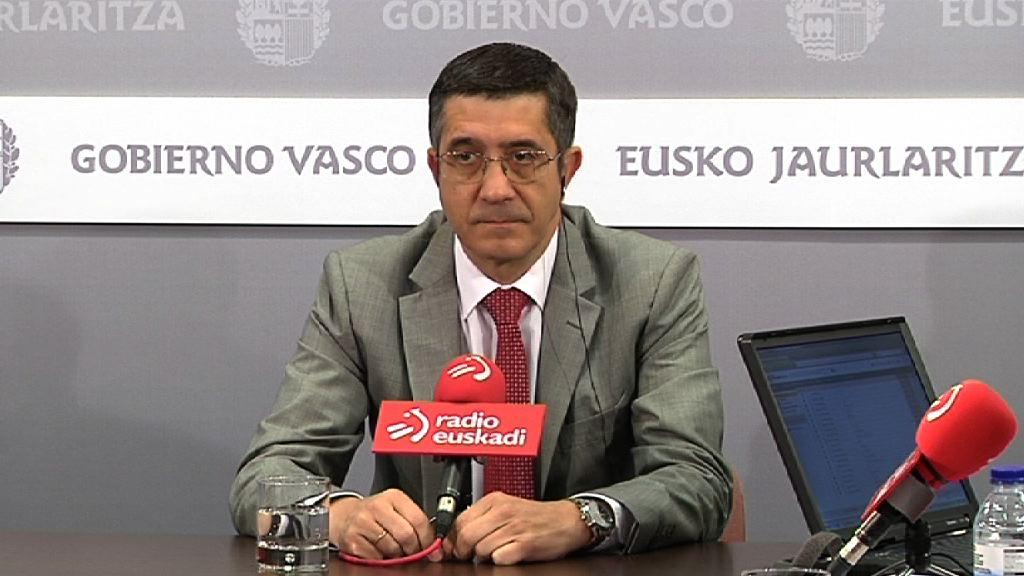 """Lehendakari: """"Llevamos tres años en el gobierno y no he visto propuestas del PNV más allá del no a todo"""" [26:17]"""