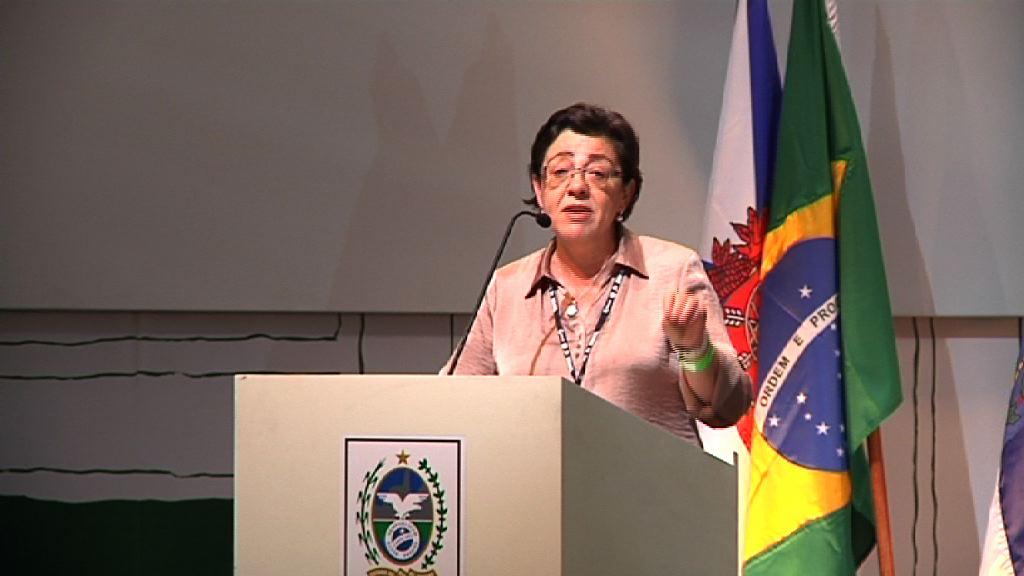 """Pilar Unzalu reivindica el """"papel responsable"""" de las regiones en el camino hacia la sostenibilidad [4:02]"""