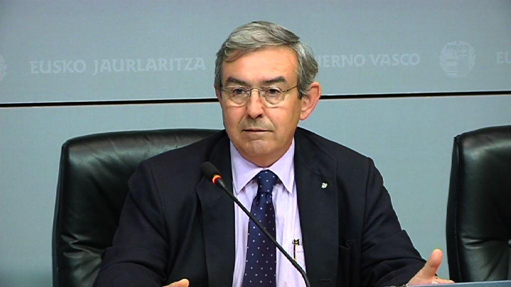 Lanbide exige a la Diputación de Bizkaia que entregue ya los 1.500 expedientes de ayudas sociales que retiene [1:48]