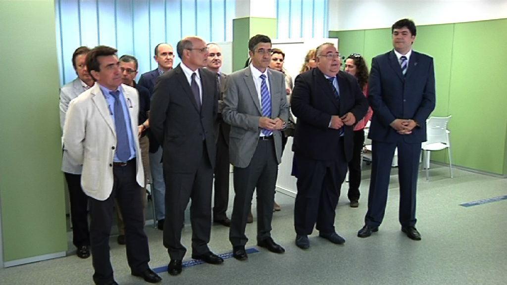 """El Lehendakari se opone """"radicalmente"""" a los recortes de Rajoy """"porque son injustos y no están dirigidos a sacarnos de la crisis"""" [11:09]"""