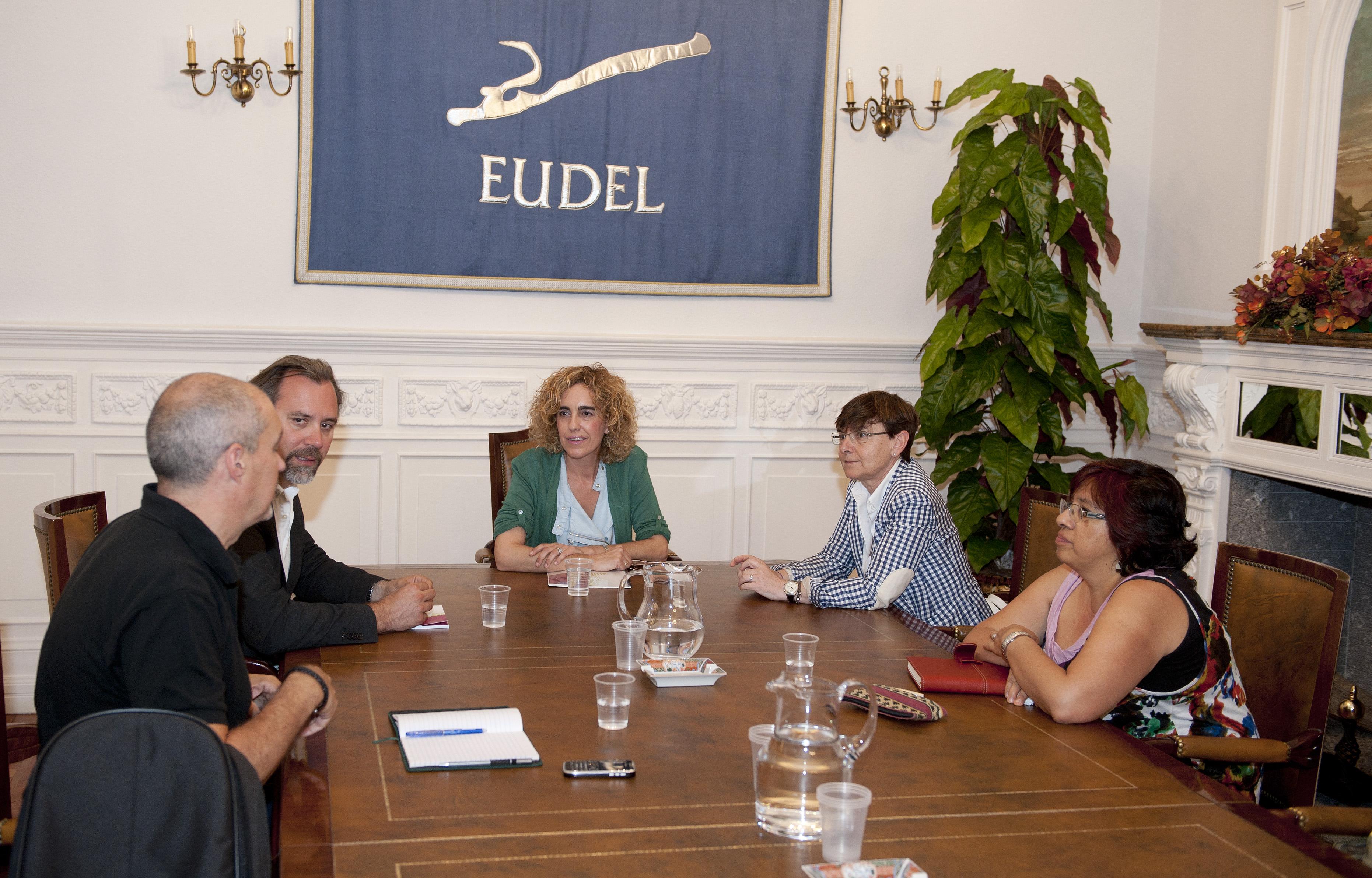 2012_07_16_zabaleta_eudel_pacto_social_02.jpg