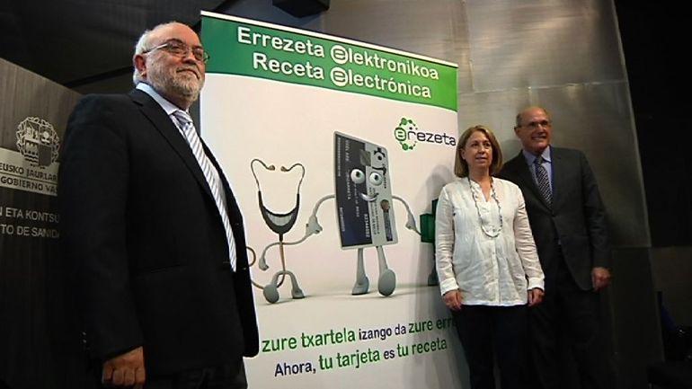 """Bengoa: """"La e-rezeta es la modernización hacia la era digital para atender bien a los pacientes"""""""