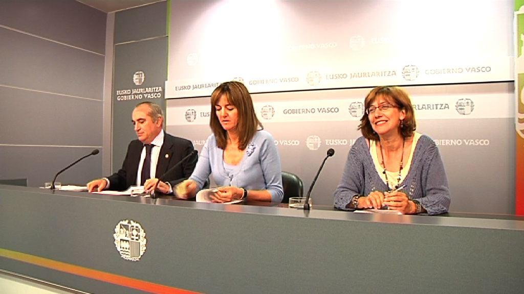 El Gobierno Vasco recurre ante el Tribunal Constitucional el decreto ley de recortes aprobado por el gobierno central [60:01]