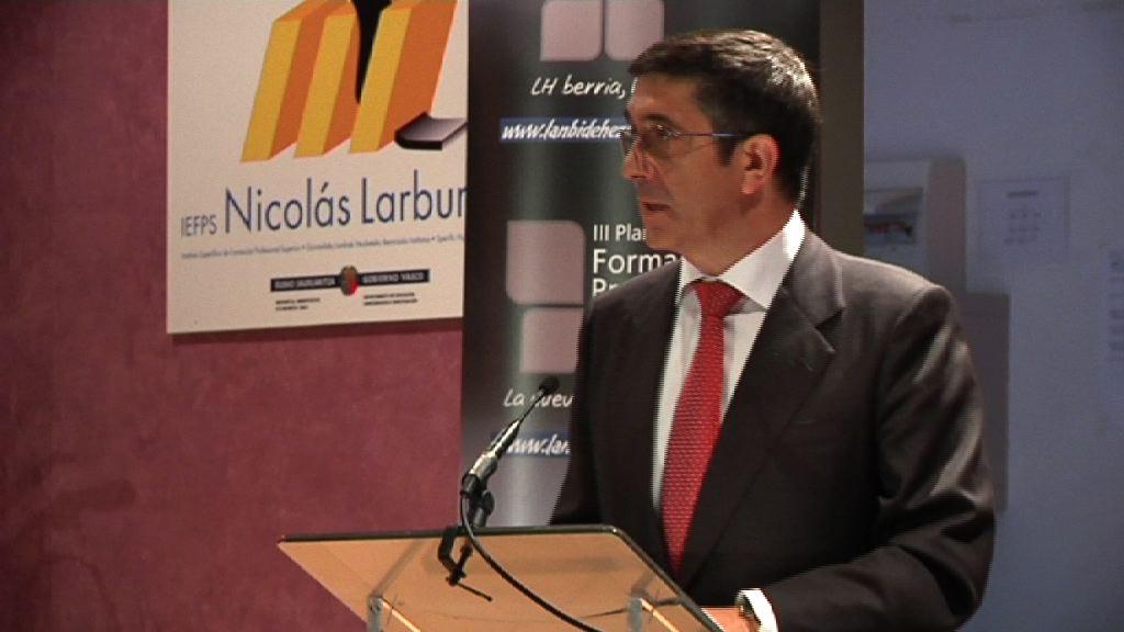 """El Lehendakari asegura que """"la FP es marca de país"""" en la inauguración del curso [39:10]"""