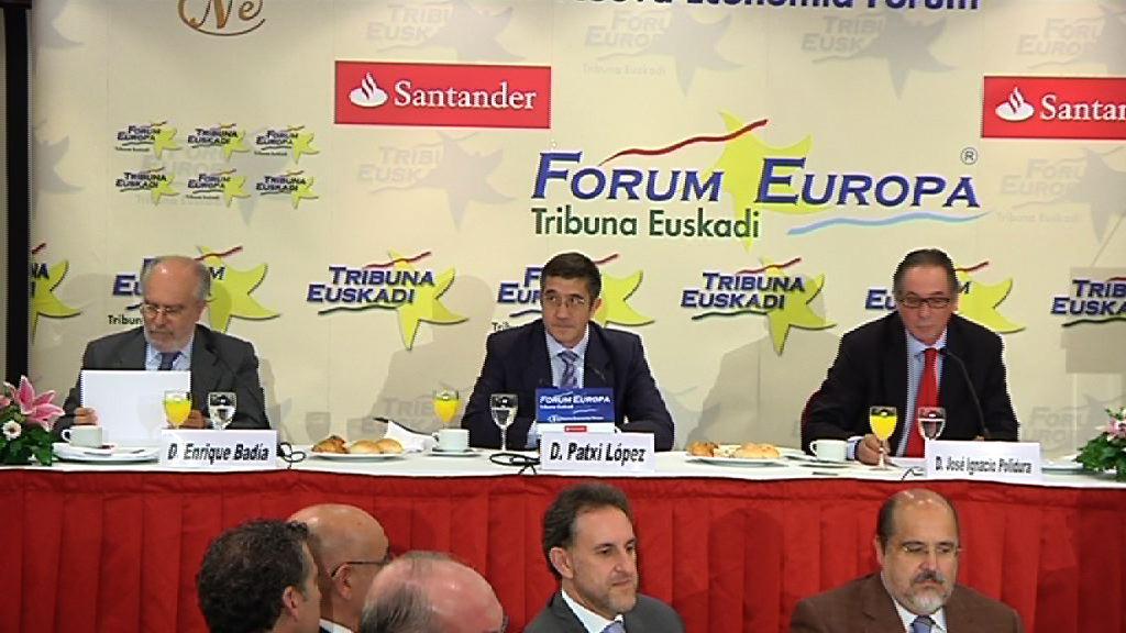 """El Lehendakari propone """"un acuerdo anticrisis"""" durante su intervención en el Forum Europa [67:17]"""