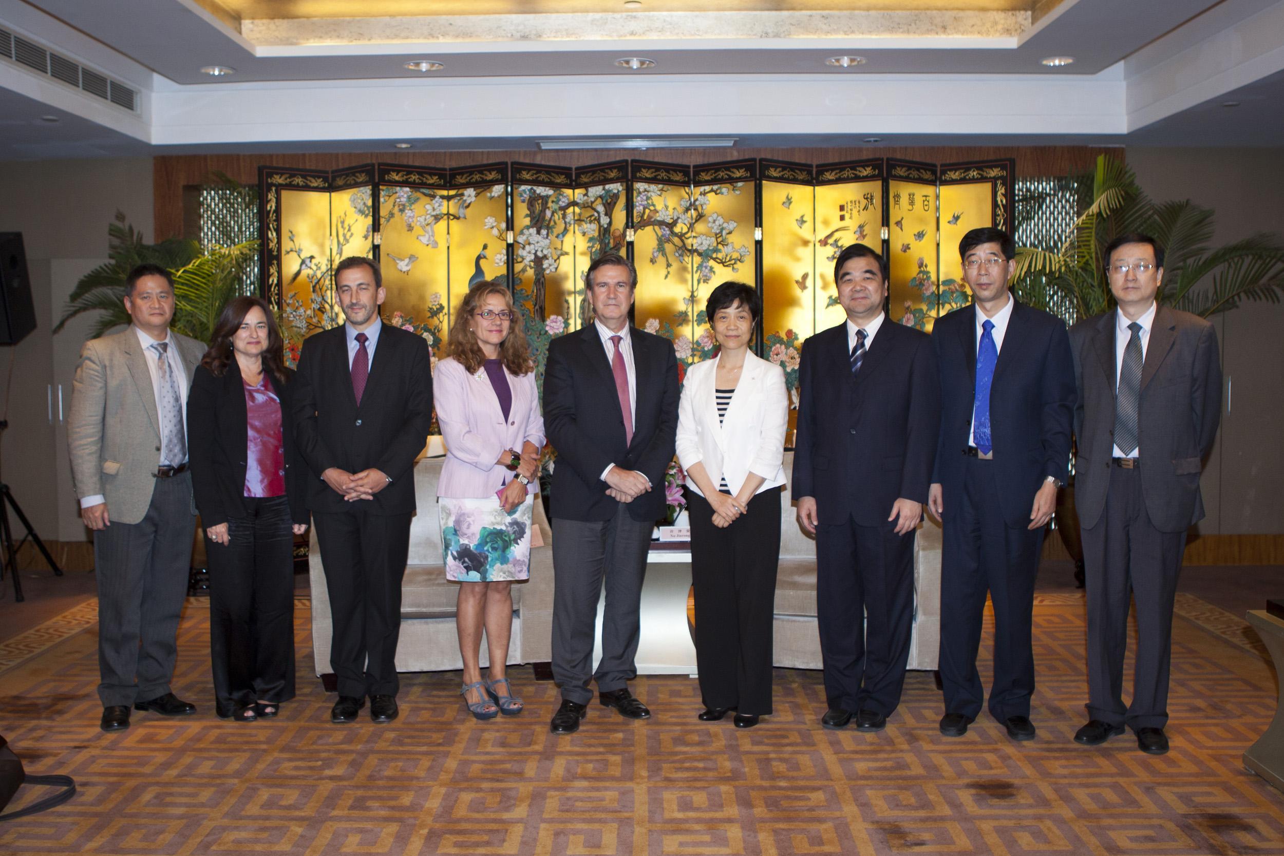 2012_09_17_reunion_vicegorbernadora_5.jpg