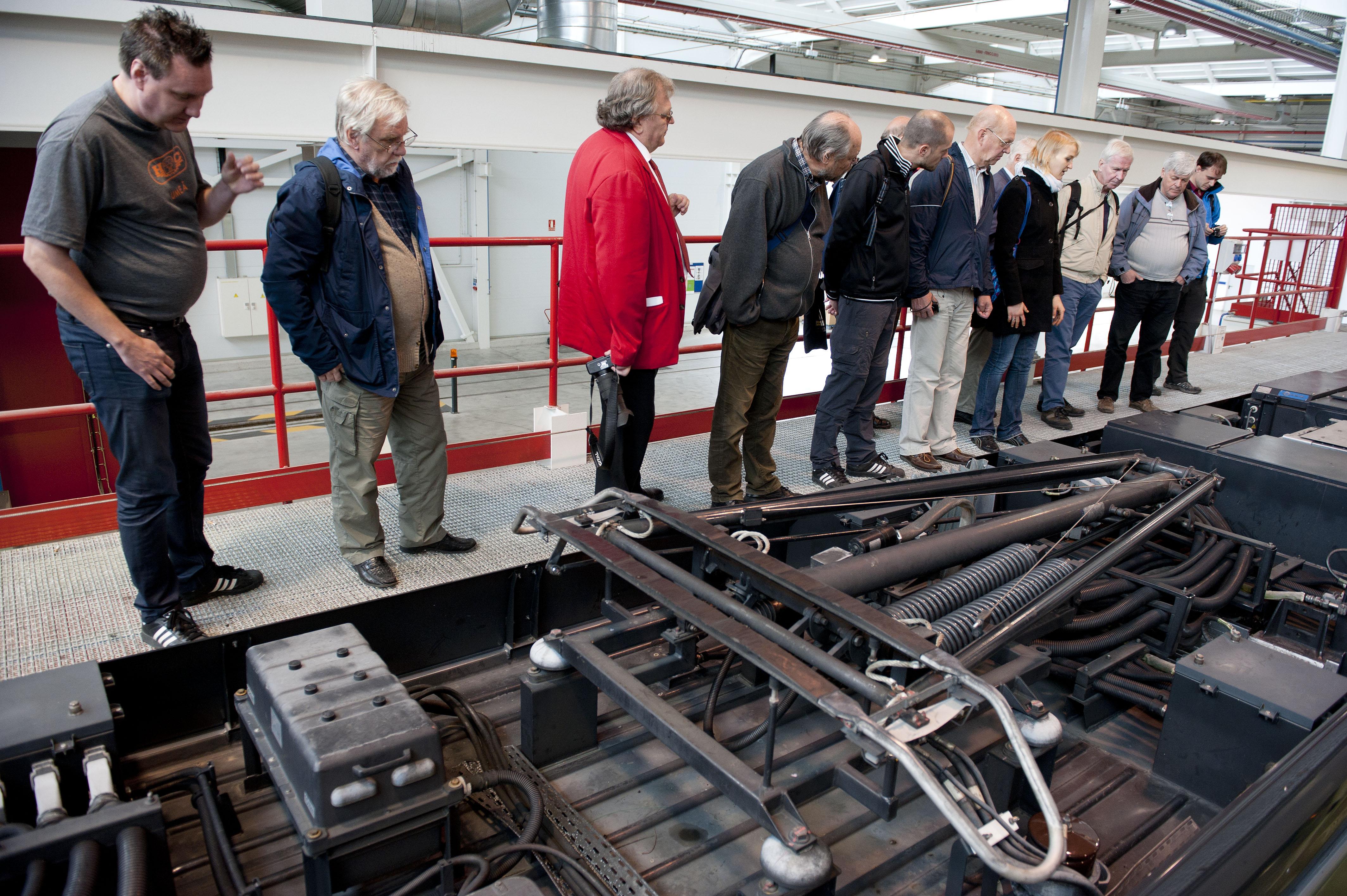 2012_10_01_visita_suecos_tranvia_08.jpg