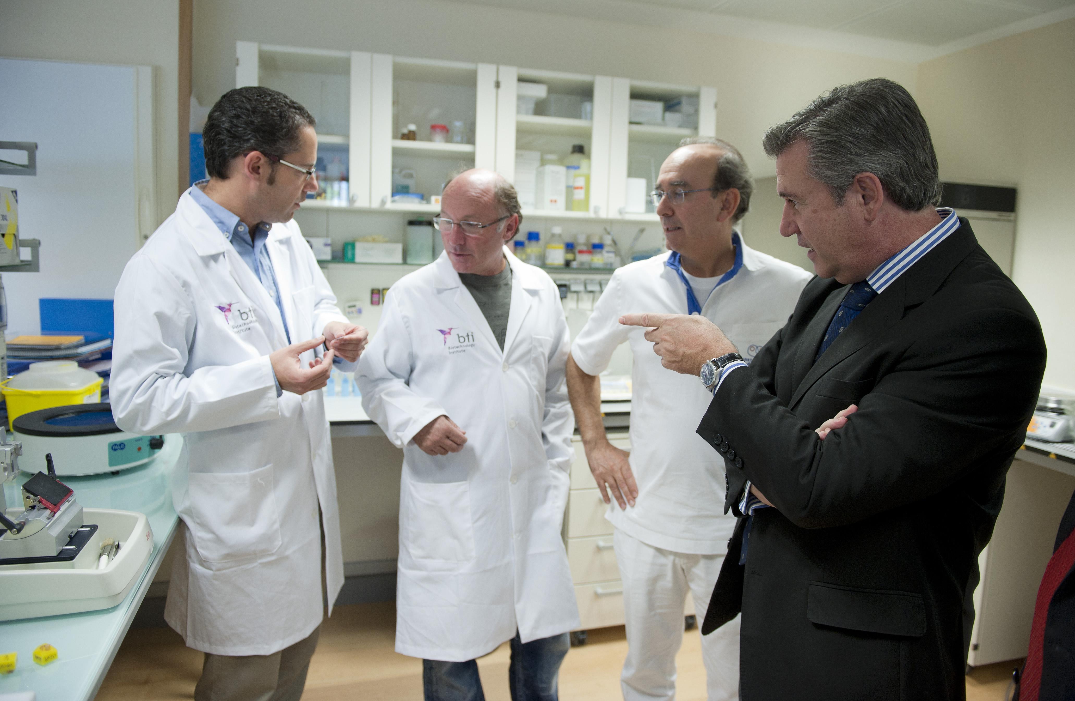 2012_10_02_unda_biotecnoloy_institute_06.jpg