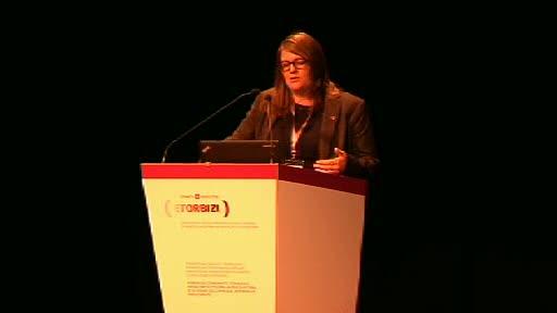Helen Dickinson: Berrikuntza Soziosanitarioari buruzko I. Etorbizi topaketaren 2. jardunaldia [79:01]